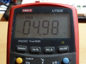 UT60E AC Voltage Measurement - 5V RMS