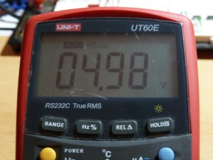 UT60E DC Voltage Measurement - 5V
